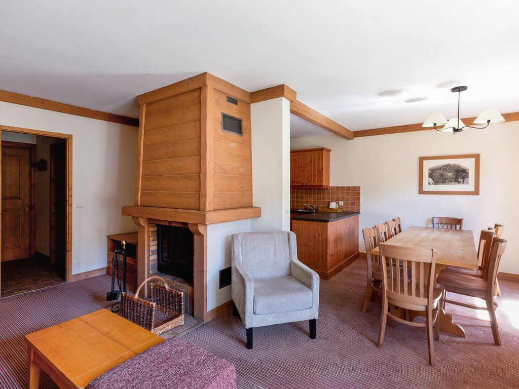 Salon Table À Manger salon salle à manger maeva2   arc 1950 direct
